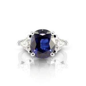 CP080-4-oval-sapphire-diamond-trillion-ring