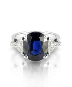 CP080-4-oval-sapphire-diamond-trillion-ring-HT1
