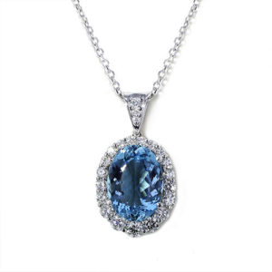 Oval Santa Maria Aquamarine Necklace