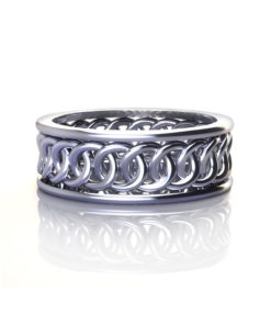 Interlocking Circle Wedding Ring