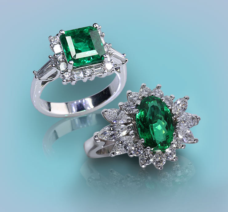 Browse Emerald Rings